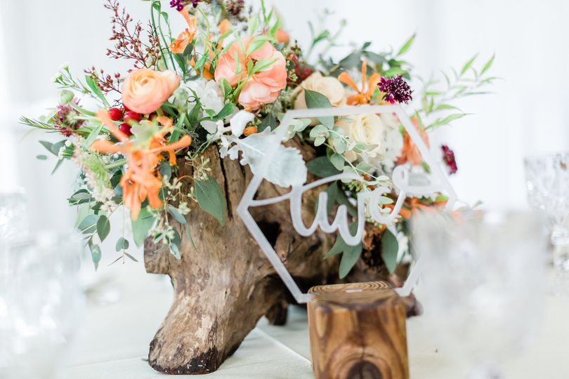 Centerpiece sample  | Photo by C. Elyse Photography