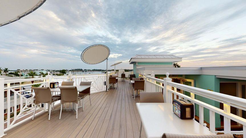 Spacious rooftop deck
