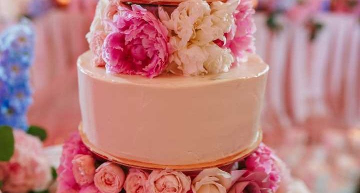wedding cake main 1 51 1989895 160216435577513