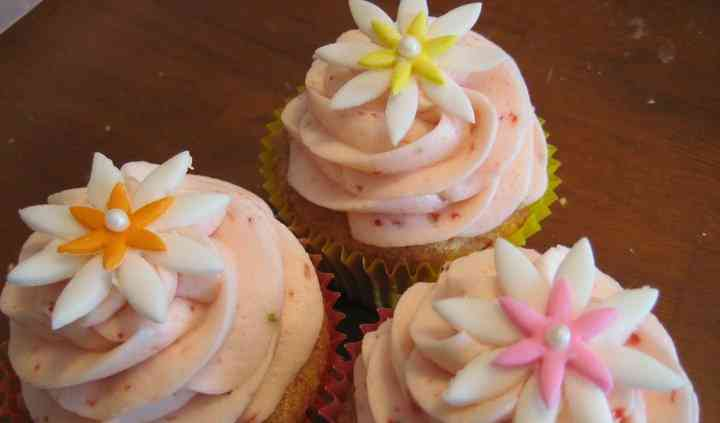 Cupcakes by M.E.