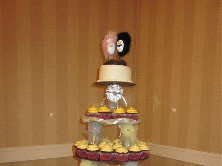 Tmx 1341579024360 Cupcake7 Lewisberry wedding cake