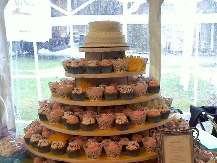 Tmx 1341579030654 Cupcake4 Lewisberry wedding cake