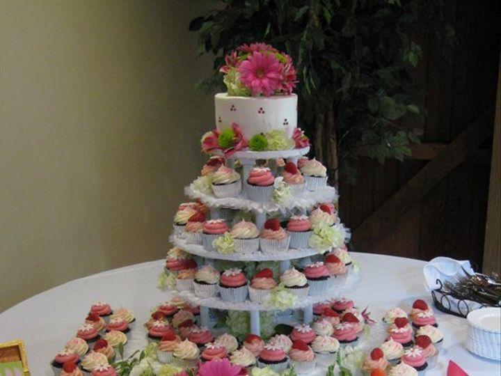 Tmx 1341579142291 Cupcake8 Lewisberry wedding cake