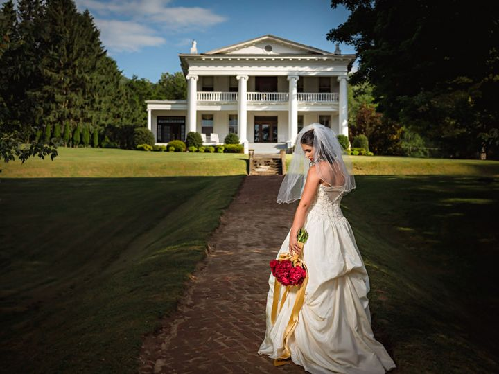 Tmx Litz Mansion Shoot 15 51 1970995 159244156240815 Tazewell, VA wedding venue