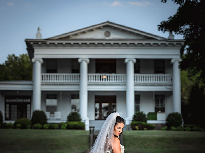 Tmx Litz Mansion Shoot 27 51 1970995 159244159916460 Tazewell, VA wedding venue