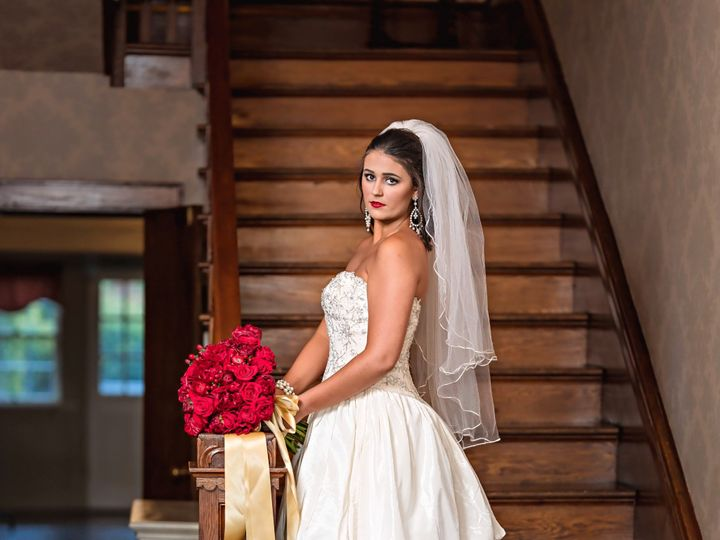 Tmx Litz Mansion Shoot 34 51 1970995 159244163095308 Tazewell, VA wedding venue