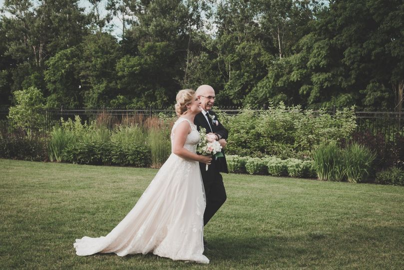 Father daughter ceremony walk