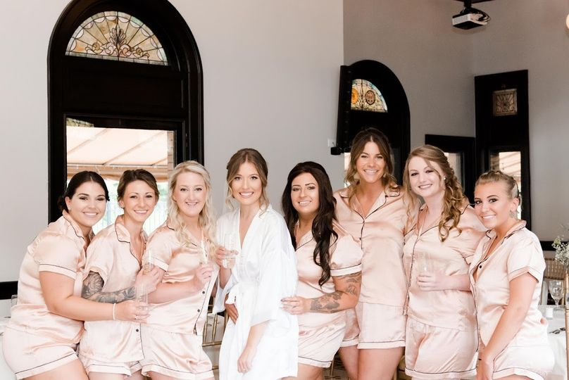 Bridal Party decorating
