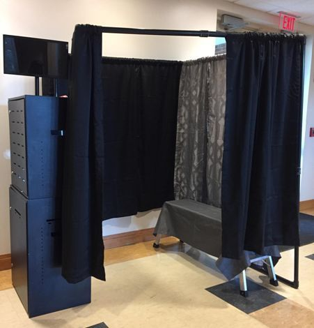 Curtain Surround booth