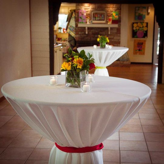 Table with centerpiece