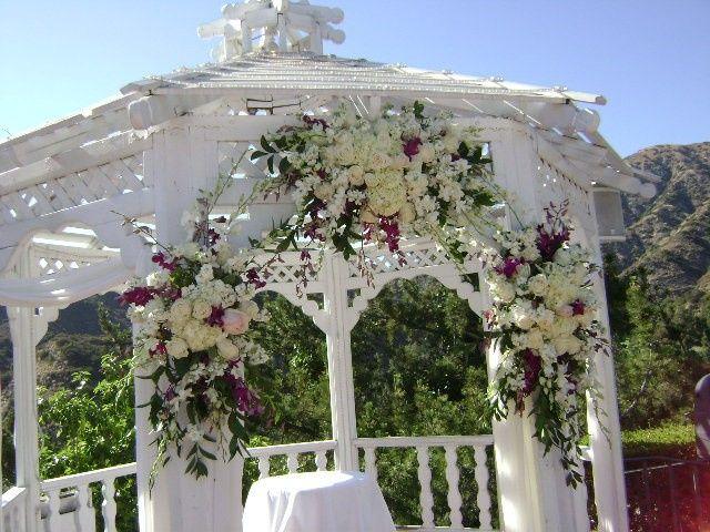 Castaway arch