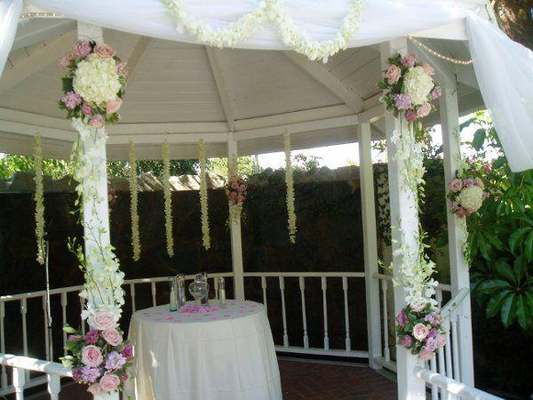 Tmx 1281646193533 Gazebo12 Van Nuys, CA wedding florist
