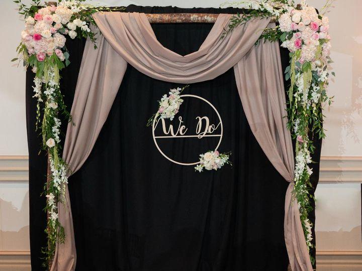 Tmx Arch 4934 51 77995 Van Nuys, CA wedding florist