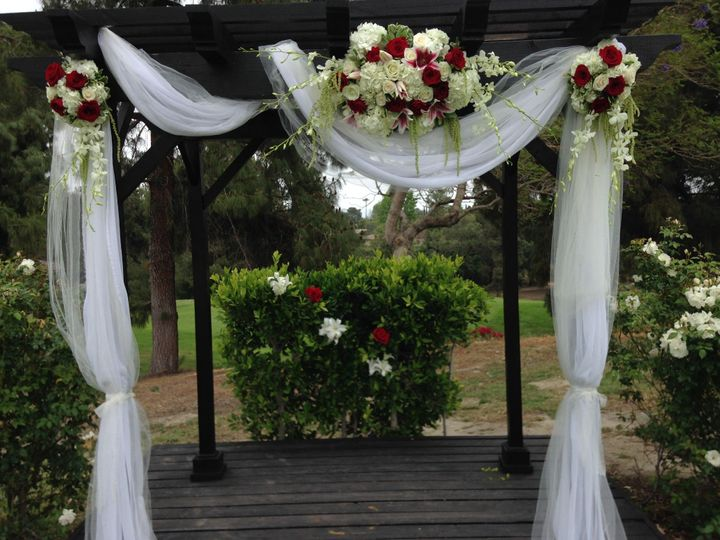 Tmx Img 6074 Arch 51 77995 1573252563 Van Nuys, CA wedding florist