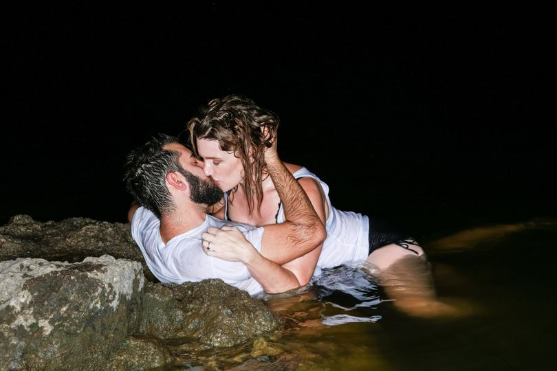 Make-out in the lake