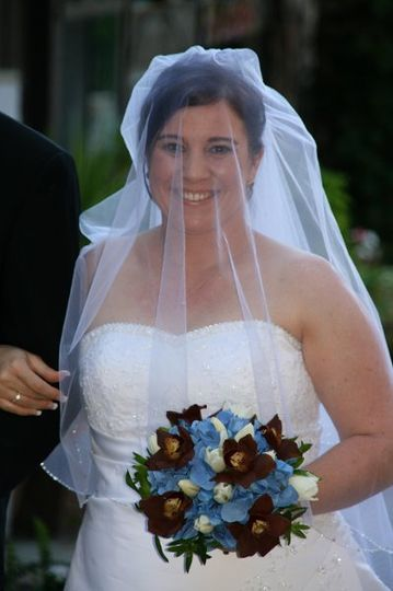 Bride with blue bouquet