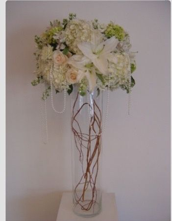 Tall centerpiece in Clear vase