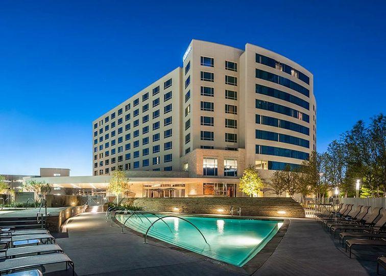 Exterior view of the Hilton Dallas/Plano Granite Park