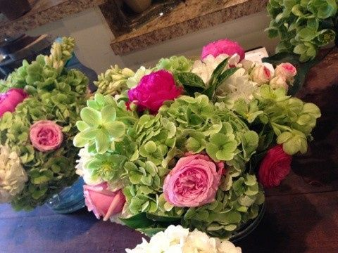 Beautiful antique hydrangeas, peonies and david austin roses