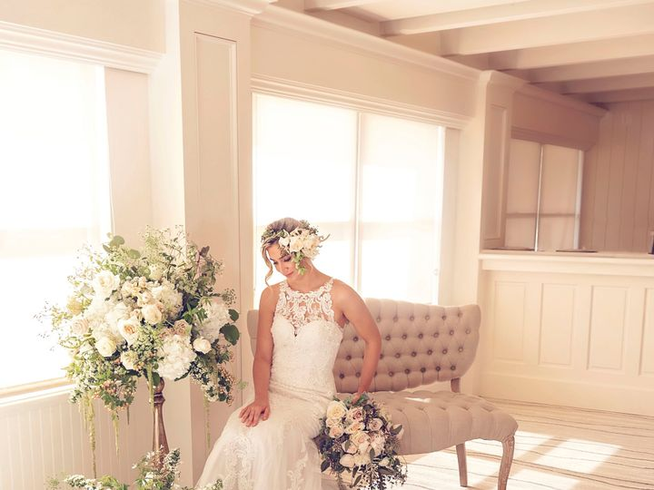 Tmx Dsc 3609 51 913006 158709135568641 East Greenwich, RI wedding florist