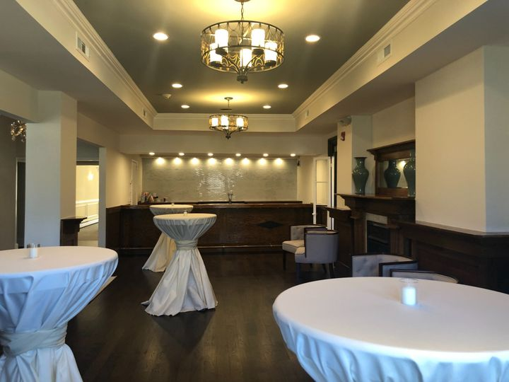 Manor Bar / Lounge