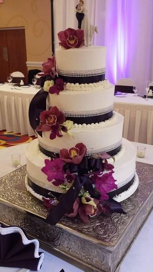 A four-layered wedding cake