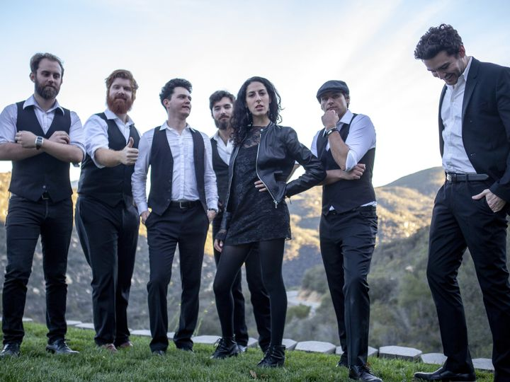 Tmx 5 51 787006 North Hollywood, CA wedding band