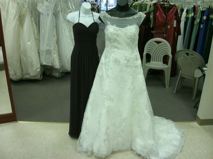 Wedding dresses in Cortland