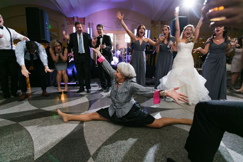 d14b156377b27461 destination photographer epic wedding reception picture of lad