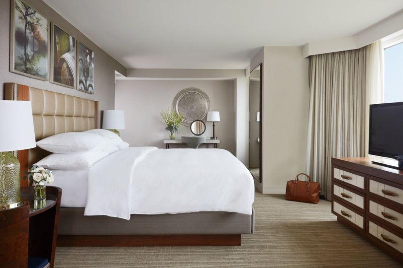 A luxury guestroom
