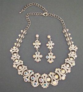 Fit for Hollywood, our Dior Bridal Necklace Set is simply dazzling, with its combination of Clear...