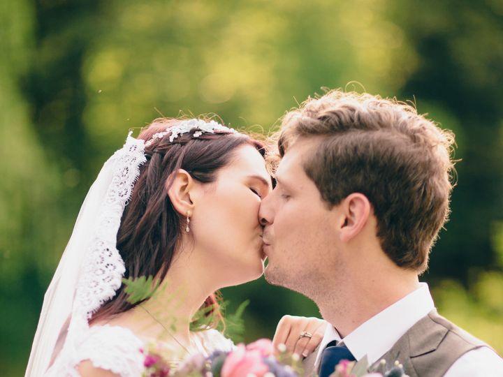 Tmx 1536871201 C4bb4ffef7240aa7 1536871198 Cbc24406f534a01e 1536871194732 8 Holeman Formals 00 Knoxville, TN wedding florist