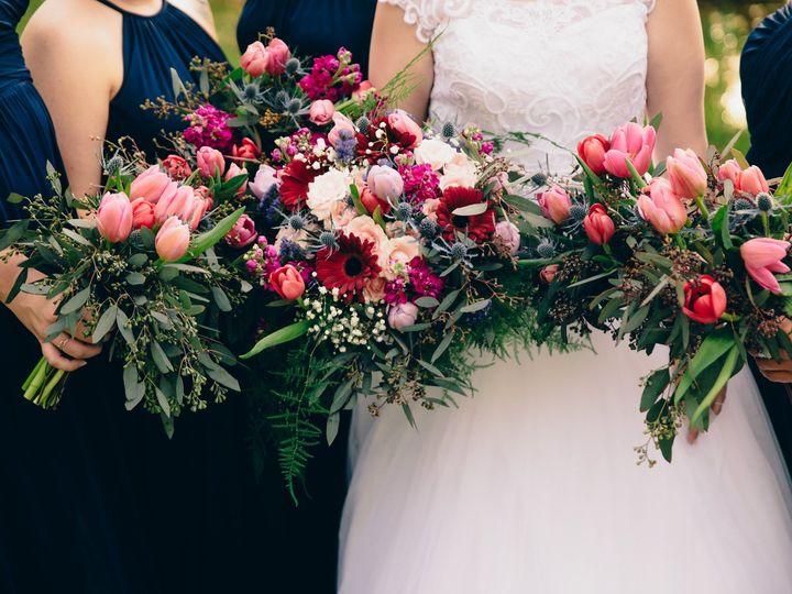 Tmx Holeman Formals 00517 02136 51 41106 158032937142563 Knoxville, TN wedding florist
