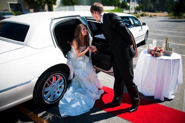 Tmx 1311698695578 LimoEmail3 Oak Harbor wedding transportation