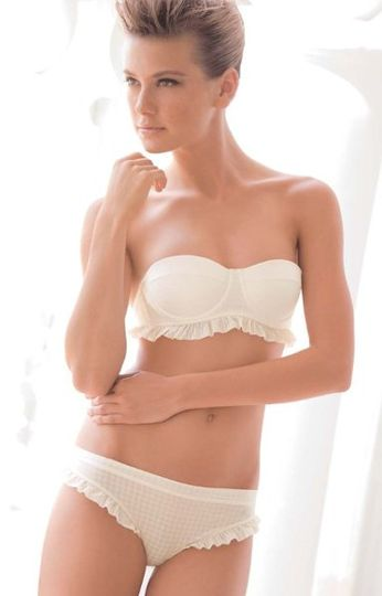 This strapless bra is just refined elegance  Can be worn strapless or with straps  Soft ivory...