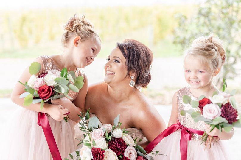 ashley and corry bridal party 127 51 33106 158286683814732