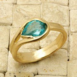 14K Yellow Gold Hand Sculpted Emerald Teardrop Ring