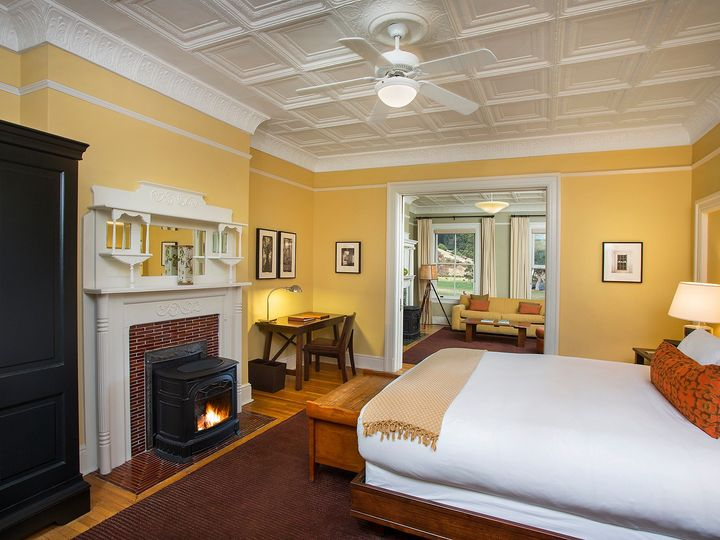 Tmx Historic Suite Bedroom 51 141206 1566533590 Sausalito, CA wedding venue