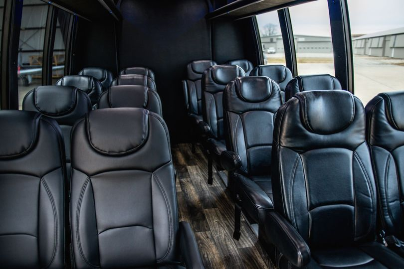 Executive Mini Coach (18 pax)
