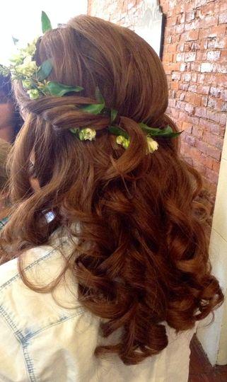 bride back of head