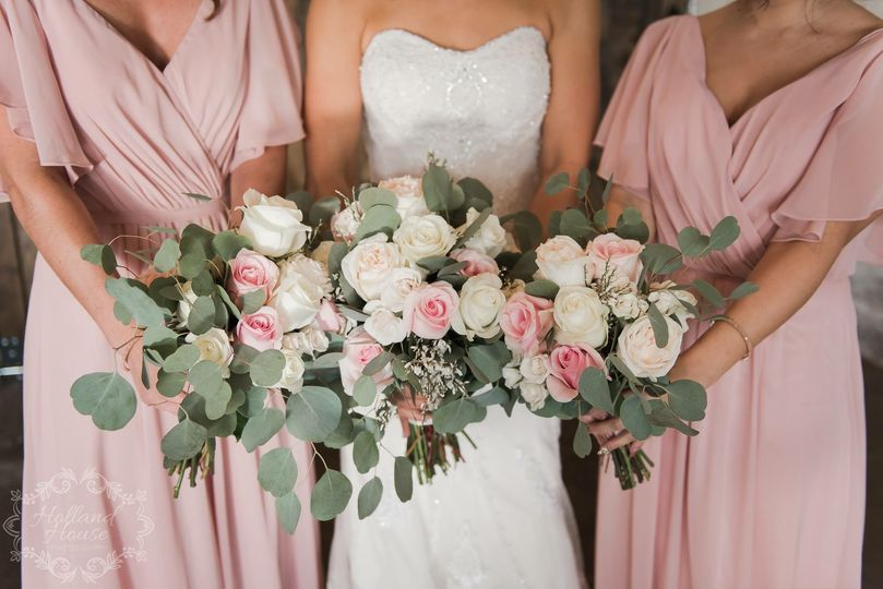 White and pink bouquets | Holland House Photography