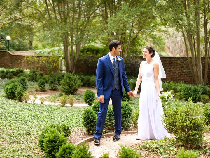 Tmx  20190928 Tiffanycarlos Happyfinchphotography 252 51 749206 157970629854215 Fishersville, VA wedding photography
