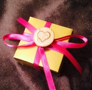 Need gifts for your bridal party?  A little keepsake to say thank you to your guests for joining you...
