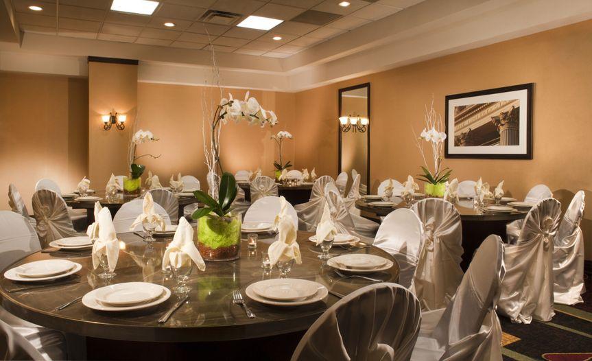 banquet room embassy suites dulles airpor
