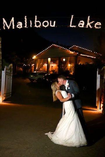 Bride & Groom  Sun-Dance Photography
