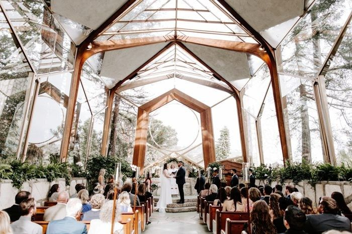 this chic wayfarers chapel wedding may look effortless but the couple thoughtfully curated every detail 26 700x467 51 33306 159018612522360