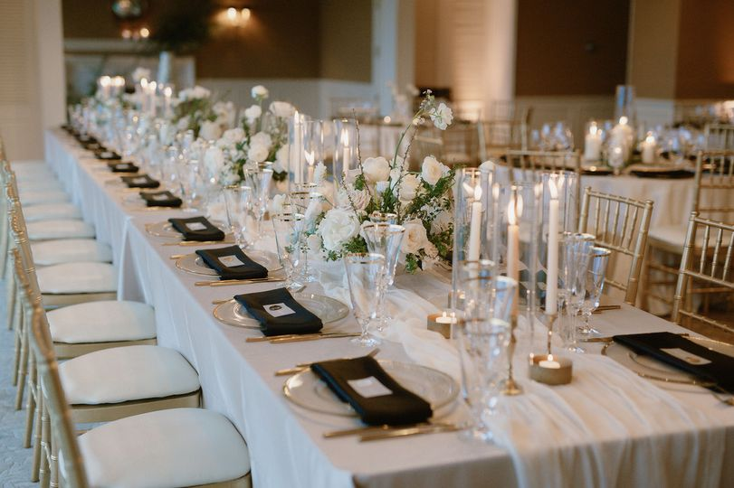 Long table setup | Carly Bish Photography