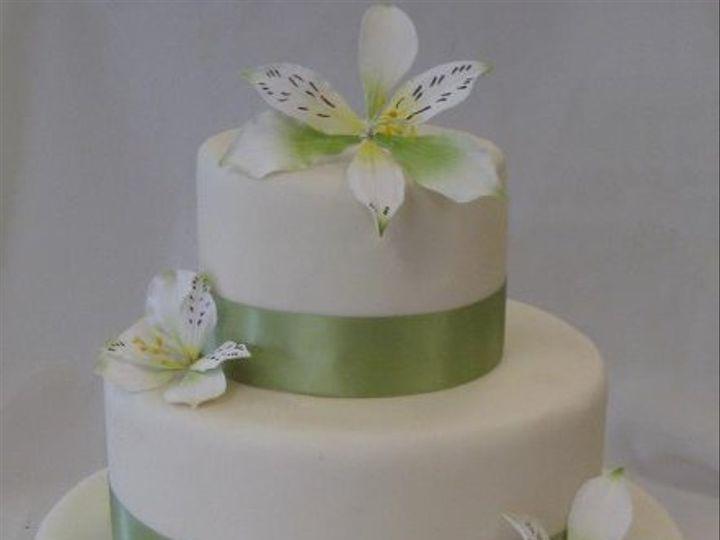 Tmx 1332934657748 Orchid Oradell wedding cake