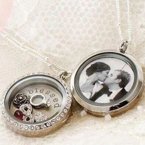 wedding picture locket