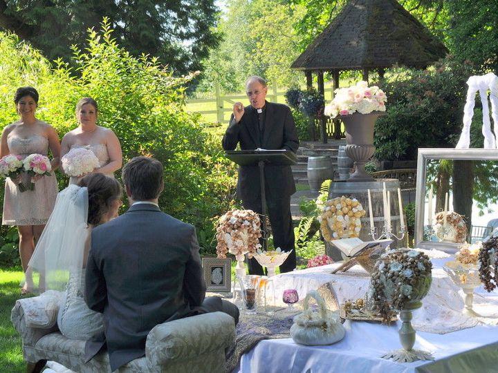 Tmx 1519335805 F8a6fc2f9e5adfdb 1519335803 9d2e8c432de974fa 1519335799480 1 Persian Wedding 2  Lakewood, Washington wedding officiant
